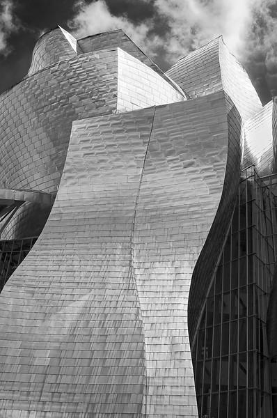 Bilbao Aglow