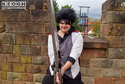 NW Cosplay Summer Meet 2016, Cosplay, Cosplayer, Male, Anime, Manga, Video Game, RWBY, Qrow Branwen, Suit, Pants, Shire, Jacket, Trousers, Pants, Shoes, Sword, Black, White, Silver, Red