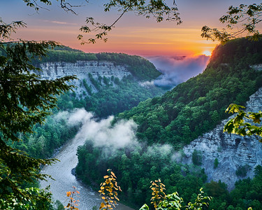 Sunrise over Letchworth Gorge