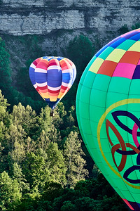 Balloons in Letchworth Gorge 1