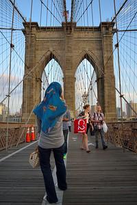 Stroll on Brooklyn Bridge