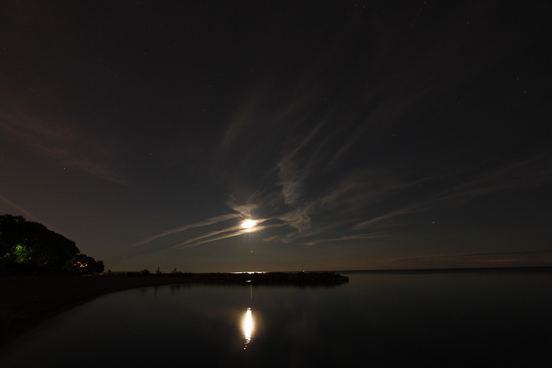 Rising Moon and Jupiter over Lake Ontario<br /> August 26, 2010<br /> John Merchant