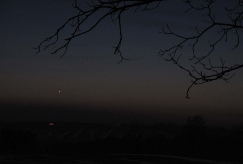 Jupiter and Mercury from Garden Hill, Ontario<br /> March 16, 2011<br /> ISO 200, 4 sec@4.5, Canon G10<br /> Ramesh Pooran