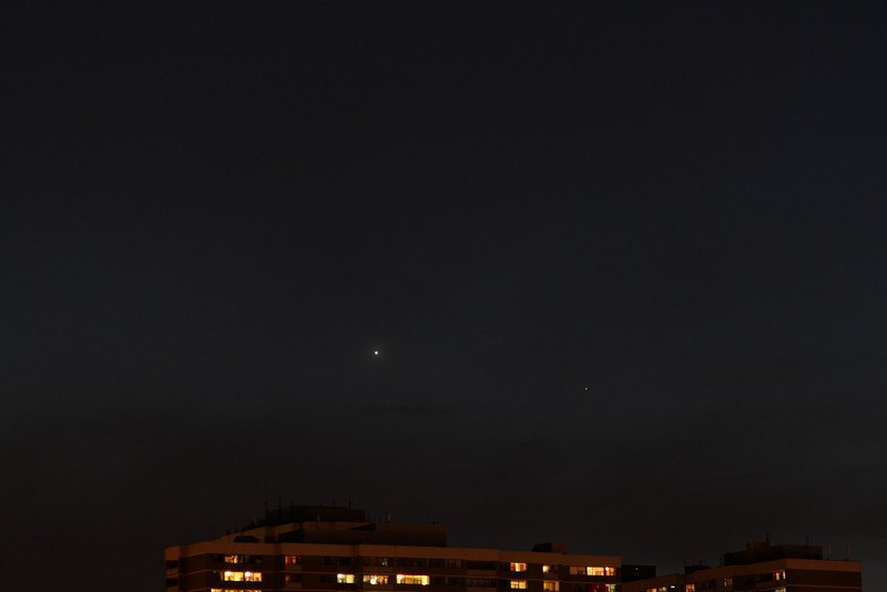 Venus & Mercury over Toronto<br /> Canon T1i,  24-105 f.4 L lens, @ 105mm<br /> 1 sec @f/5, 400 ISO<br /> 8:44 PM, April 4, 2010<br /> John Merchant