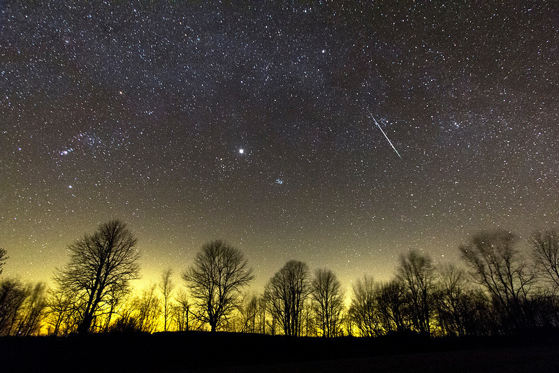 "Andreas Gada, Bright Geminid Meteor December 14, 2:58 2012, as seen from Sandy Flats.  Canon 60Da 30"" exposure, Canon 10-22 mm set at 10mm and f/3.5, ISO 6400"