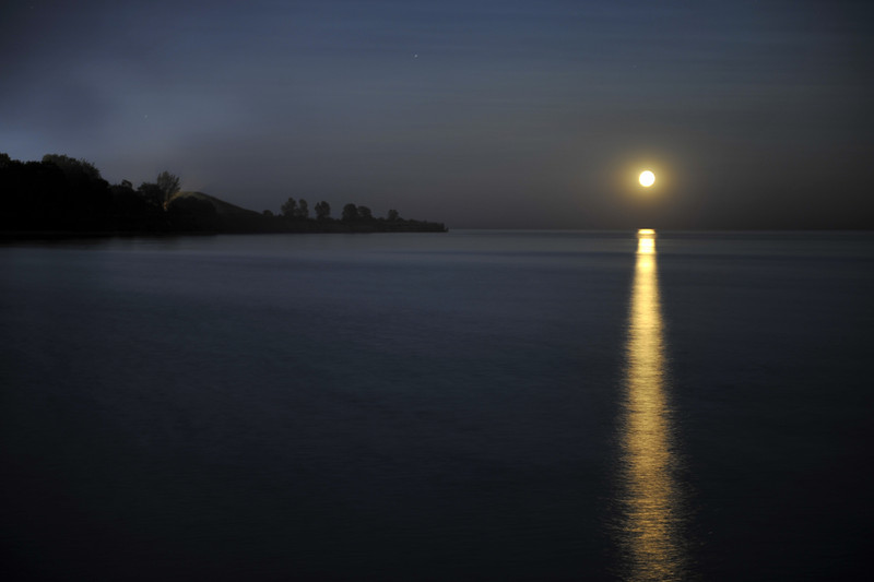 Image by Malcolm Park<br /> Nikon D3 F2.8 13sec exp, 250iso 62mm<br /> Port Whitby (yes it's in Ontario)