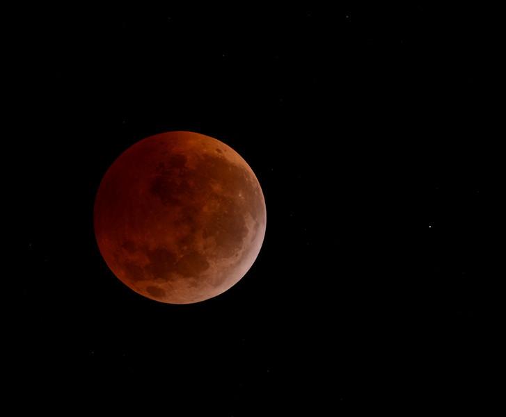 Total Lunar Eclipse, Dec 21 2011.<br /> Segovia Texas<br /> Nikon D7000, EQ6, Orion ED80<br /> 2 sec at iso400, f/8<br /> Total Lunar Eclipse, Dec 21 2011.<br /> Segovia Texas<br /> Malcolm Park