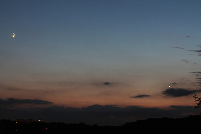 moon,venus,mercury June11 Humber River<br /> Canon T3, 1sec, f9, iso400, 55mm<br /> By Alex Dolnycky