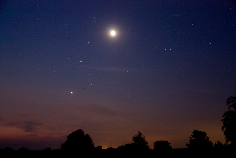 """Andreas Gada, Moon Jupiter and Venus conjunction July 14, 2012 4:38 EDT as seen from Sandy Flats near Roseneath ON.  Canon Rebel XSI, Canon 18 – 200mm lens set at 28 mm and f/4.0, ISO 1600 with a 13"""" exposure."""