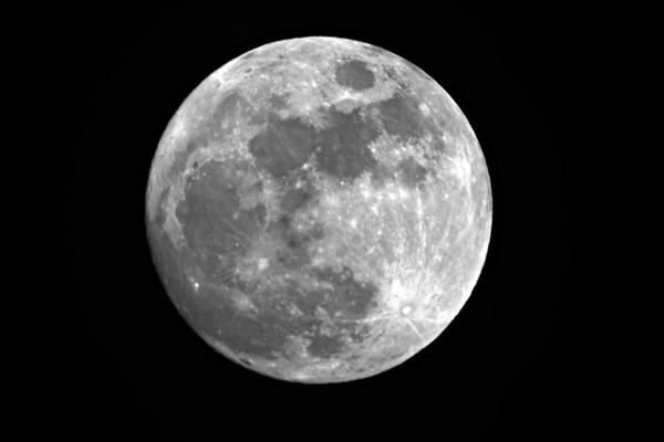 Moon_in_Sept_04