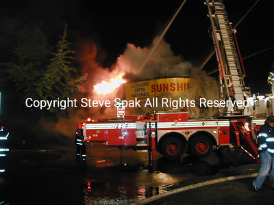 002-5-25-01-Bronx 3rd Alarm-E Tremont & Frisby Ave-Taxpayer