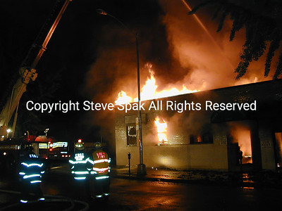 017-6-25-01-Bronx 3rd Alarm-E Tremont & Frisby Ave-Taxpayer