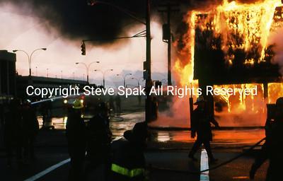 008-77-22-3073-Bagel Nosh Fire