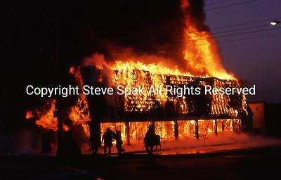 005-77-22-3073-Bagel Nosh Fire