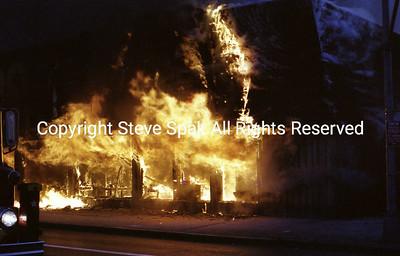002-77-22-3073-Bagel Nosh Fire