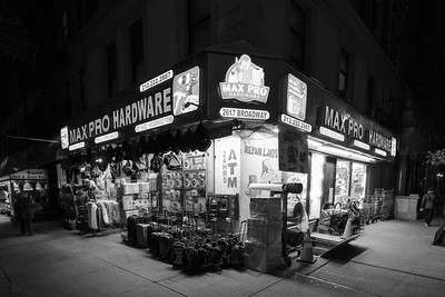Store Front _ bw