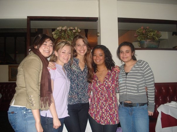 Fall 08' - Cassie, Casey, Janine, Kelsey and Yasmine (?).
