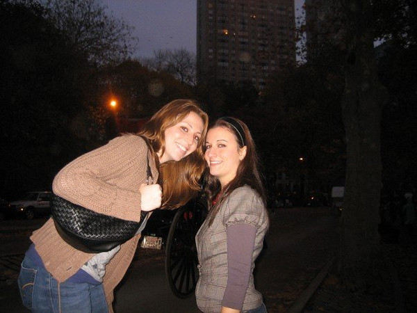 """theyre here!!!! rach and liss in central park"