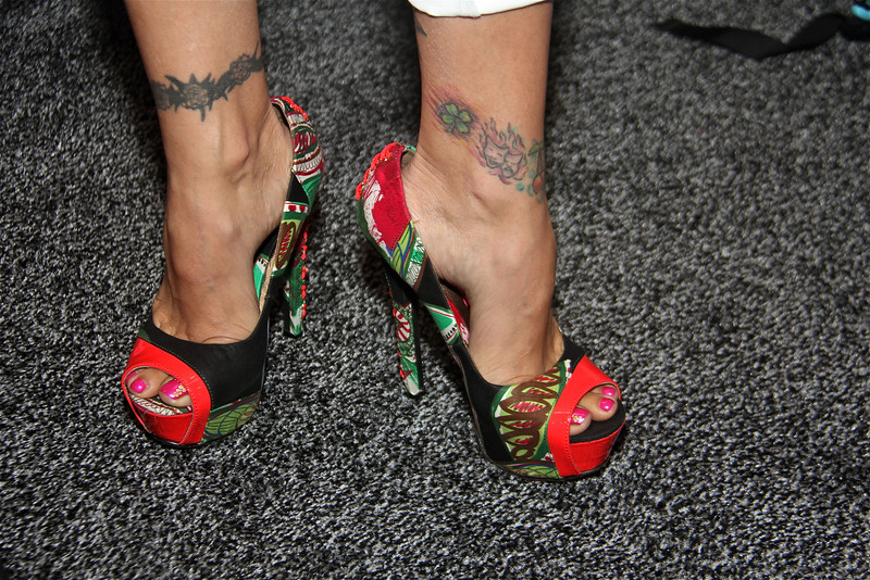 Raylene's feet and shoes, Exxxotica 2012