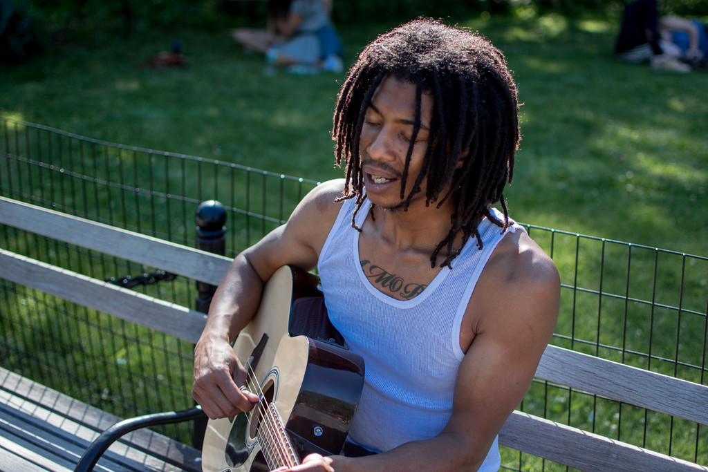 Singer/guitarist in Washington Square Park