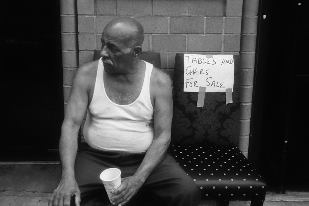 NYC, Upper East Side, September 2011, Tri-X 400, iiif Summar