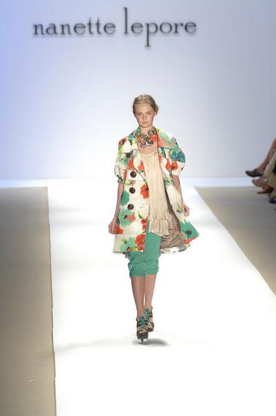 Sep 10, 2008 - New York, NY, USA - NANETTE LEPORE  fashion show at the 2009 Spring & Summer NY Fashion, held at Bryant Park: (Credit Image: © Chris Kralik/KEYSTONE Press)