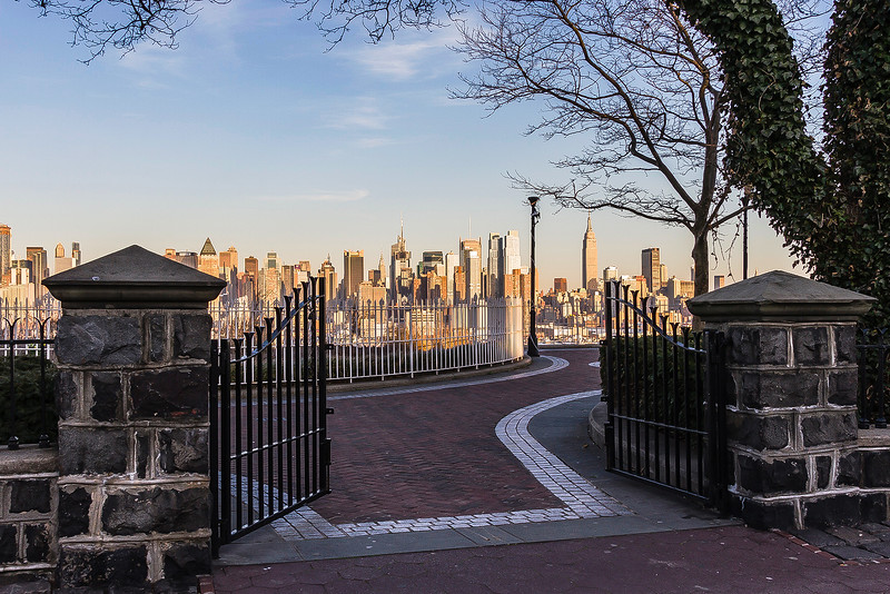 Gate to The Big Apple