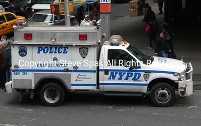 009-NYPD-ESU-REP-1-Truck