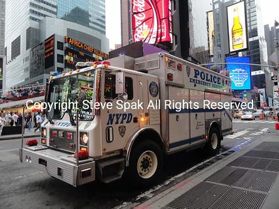 013-NYPD-ESU-1-Truck