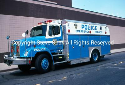 004-NYPD-ESU-Truck-3