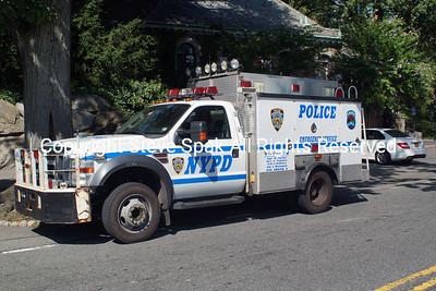 008-NYPD-ESU-REP-2 Truck