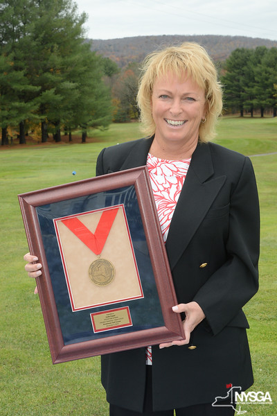 Dottie Pepper with NYSGA Hall of Fame Induction Award