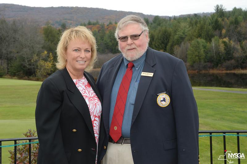 Dottie Pepper with NYSGA President Warren Winslow of Western Turnpike GC