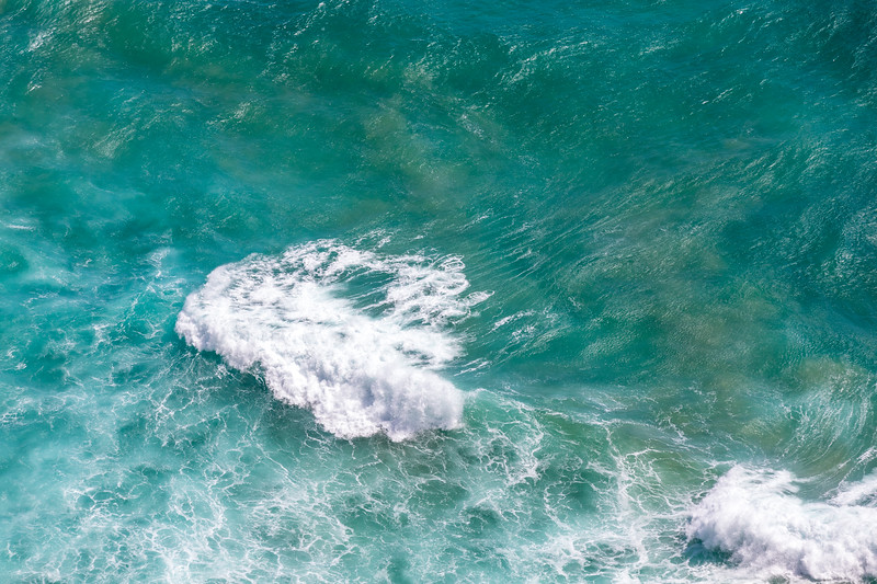 Lonely wave near Cape Reinga