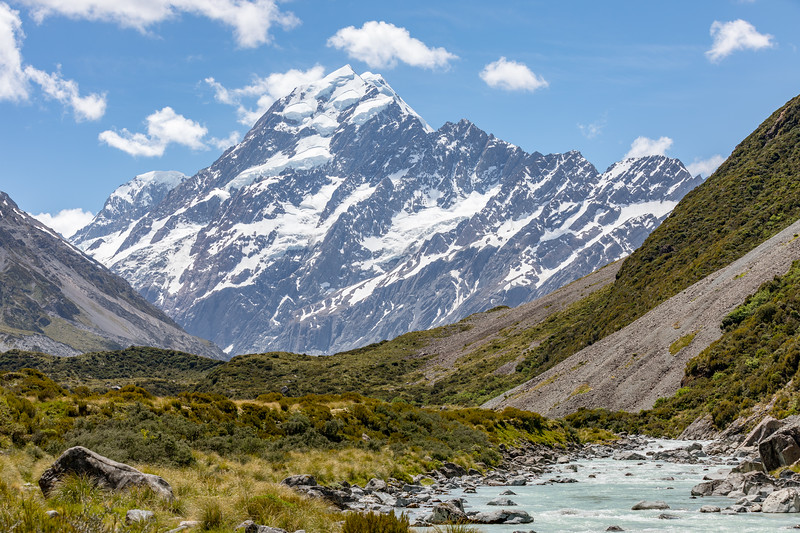 View up Hooker Valley, Aoraki/Mount Cook National Park