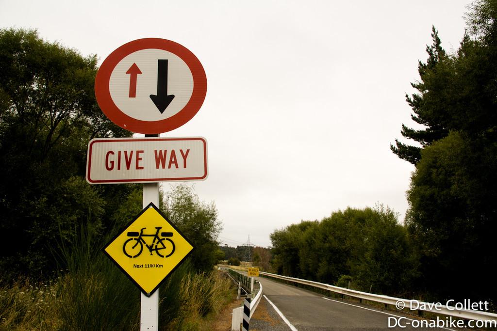 Sign for the Kiwi Brevet