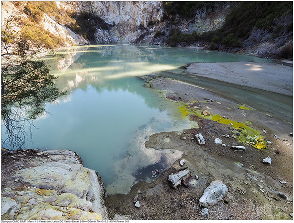 Acidic lake! but the yellow-greenish colors look beautiful tho.