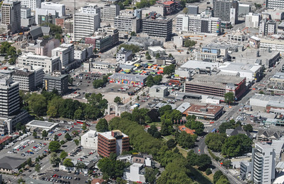 Christchurch City CBD View from the south; Oxford Terrace bottom right; Bridge of Remembrance lower centre; Restart upper centre