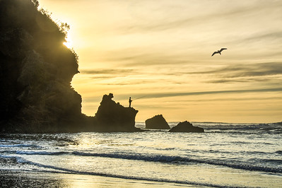 Sunset Fisherman, Piha