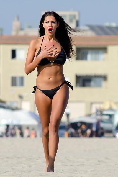 Nabilla Benattia Seen in Venice