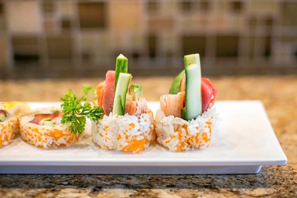 . Naka Sushi�s Naka #1 Roll with maguro, tobiko, avocado, salmon, and kani kama. (Carolyn Kelley - Santa Cruz Sentinel)