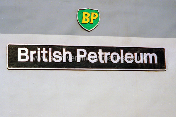 37715 British Petroleum 19/3/94 Old Oak Common Depot