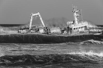 namibia, dorob np, transportation, ships, shipwreck, waves, surf