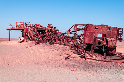 namibia, skeleton coast np, industry, oil rig, wreck, sand, rust