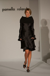 Pamella Roland 2009 Fall Collection benefitting the Nan Knox Unit of the Boys and Girls Club of Broward County