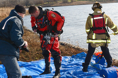 Naperville Fire Department - Water Rescue Training - 12/19/2011