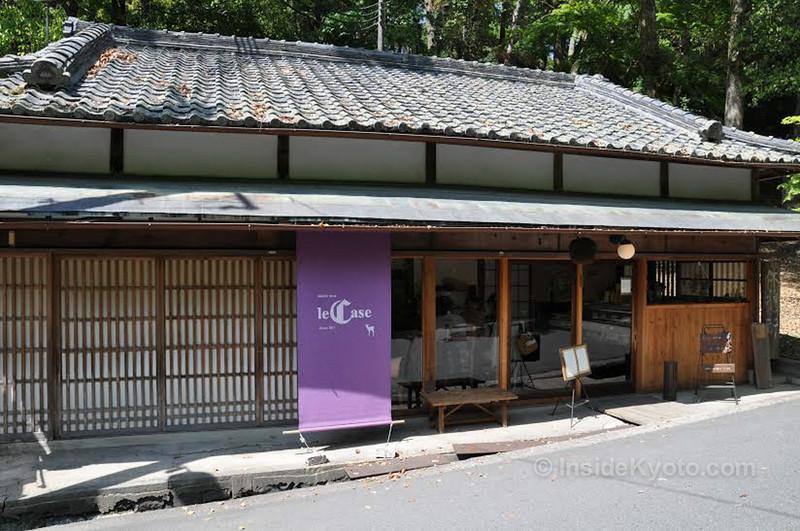 Le Case, Nara