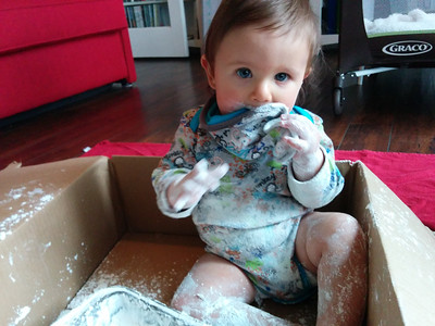 Playing with corn starch