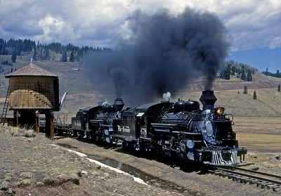 May 28, 1968.  Westbound past Los Pinos tank.