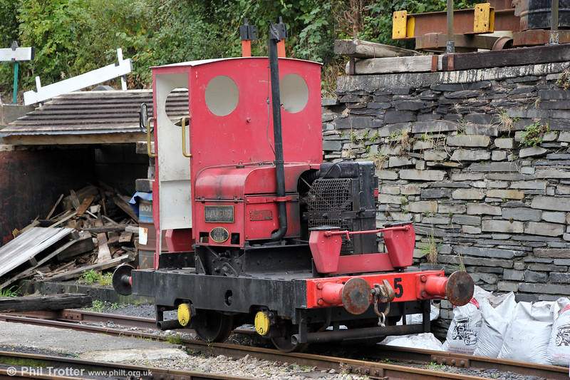 Corris Railway no. 5 'Alan Meaden' 	a Motor Rail Simplex 4wDM (22258/1965), purchased in 1974 It is ex-Staveley Lime Products, Hindlowand is named in honour of the Society's founder. Maespoeth, 24th September 2017.